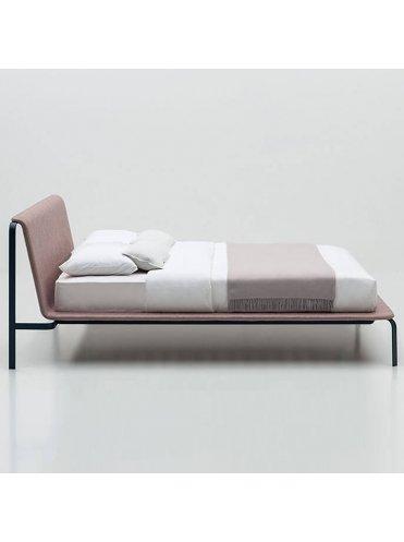 Кровать Bend от Bolzan