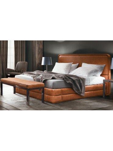 Кровать Markus от Smania